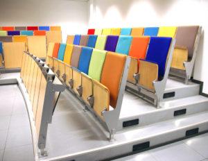 Lite begeistret for slike stoler? På webinar kan du heller bruke din egen!
